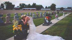 약혼자 묘지에 웨딩드레스 입고 나타난 여성의 사연