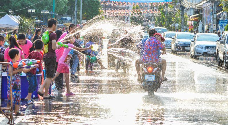 태국, '송끄란 축제' 사흘만에 교통사고로 174명 사망