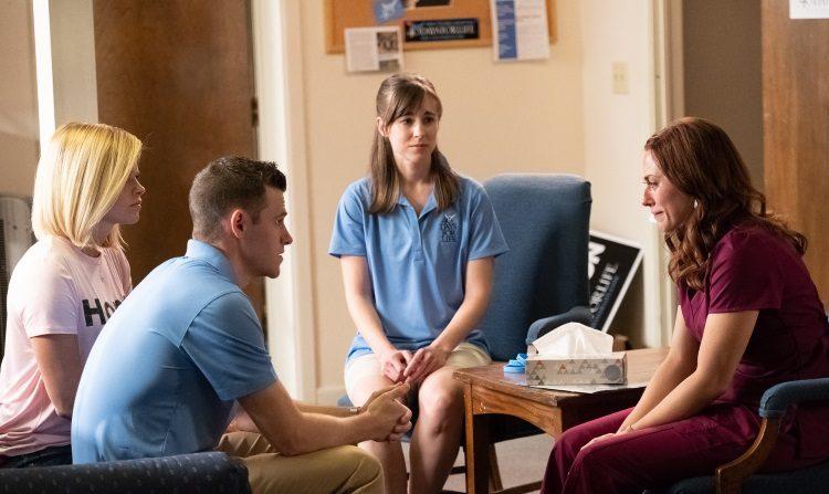 그녀는 뭘 봤을까..美 최대 낙태기구 '가족계획협회' 책임자 실화 그린 영화 '언플랜드'