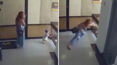 잠깐 휴대폰 보는 사이 계단에서 구른 아이 몸 날려 구한 엄마