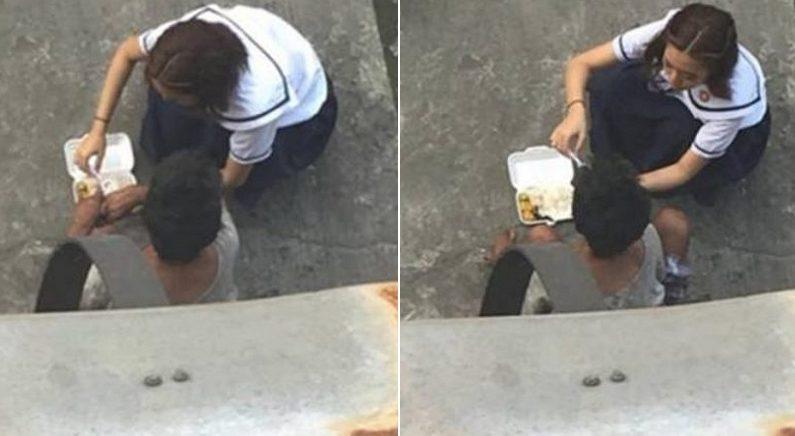 학교 밖에 앉아있는 노숙자 아저씨에게 자기 '도시락' 나눠준 여학생