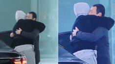 '암 투병' 후 첫 출근길에서 오랜만에 만난 경호원과 뜨겁게 포옹한 김우빈