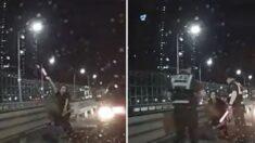 고속도로서 음주운전자 붙잡고 경광봉 흔들어 2차 사고 막은 여성 정체 (영상)